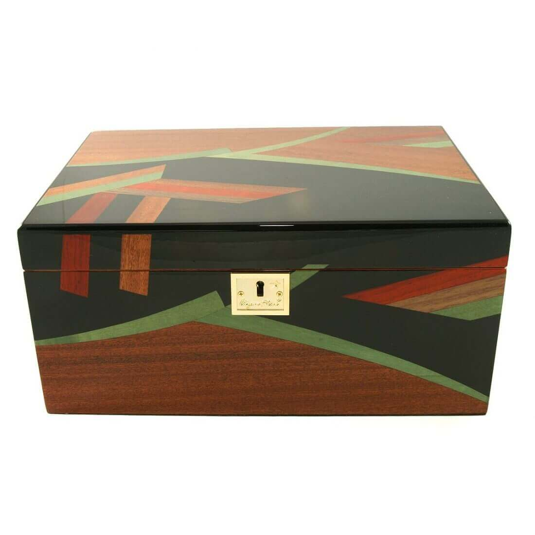 We are the best place to buy a quality cigar humidor in Canada