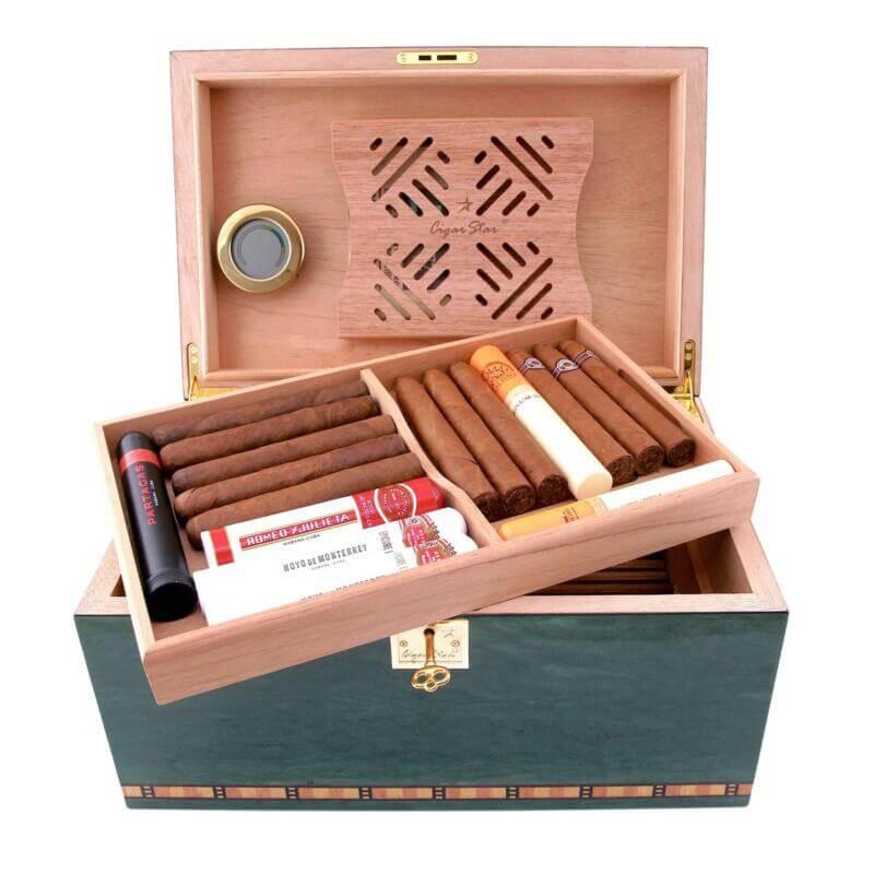 Humidor for cigars
