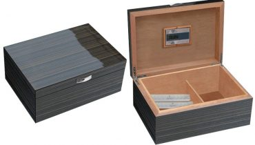 80 Cigar Humidor with Digital Hygrometer The Atmosphere
