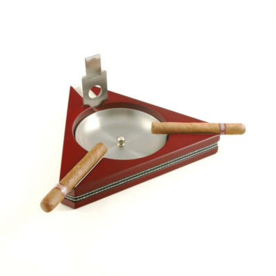 CIGAR ASHTRAY WITH CUTTER