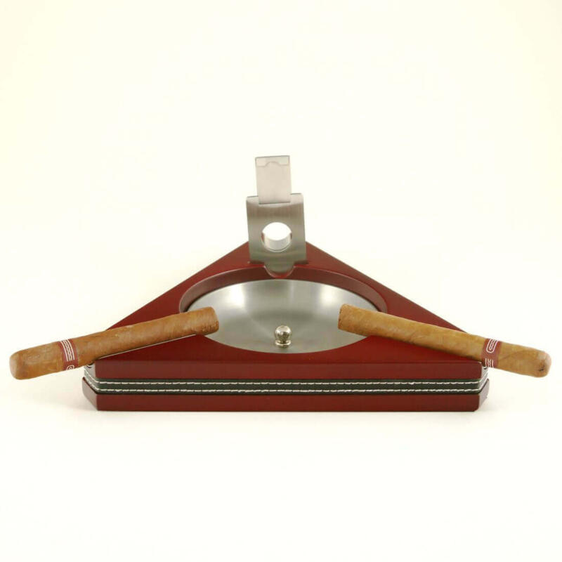 3 Cigar Ashtray with cigar cutter