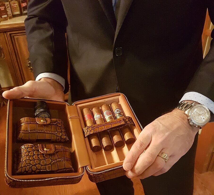 Finest Leather Cigar Case In Canada