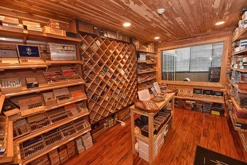 Cigar Shops, What to look for to ensure your cigar shop is a good one.