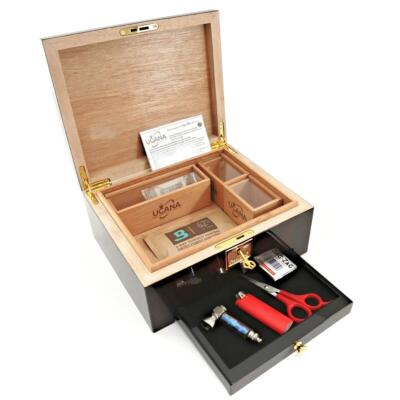 UCANA Weed Storage Humidor. Walnut Burl! Includes 3 Bud Coffins plus Boveda 62%
