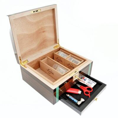 Cannabis storage humidor