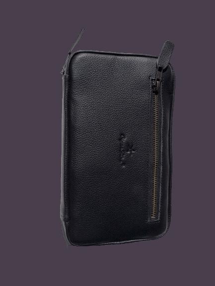 leather cigar case